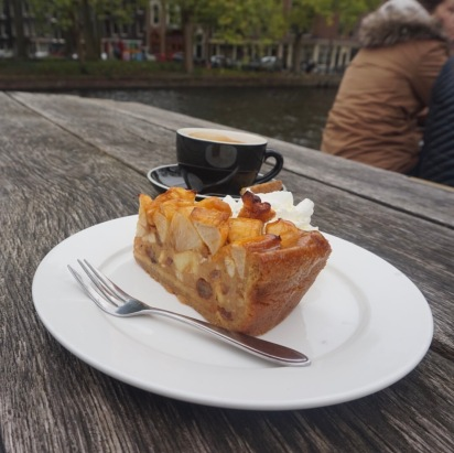 Apple pie and coffee along the canal